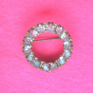 vintage jewelry circle rhinestone pin brooch